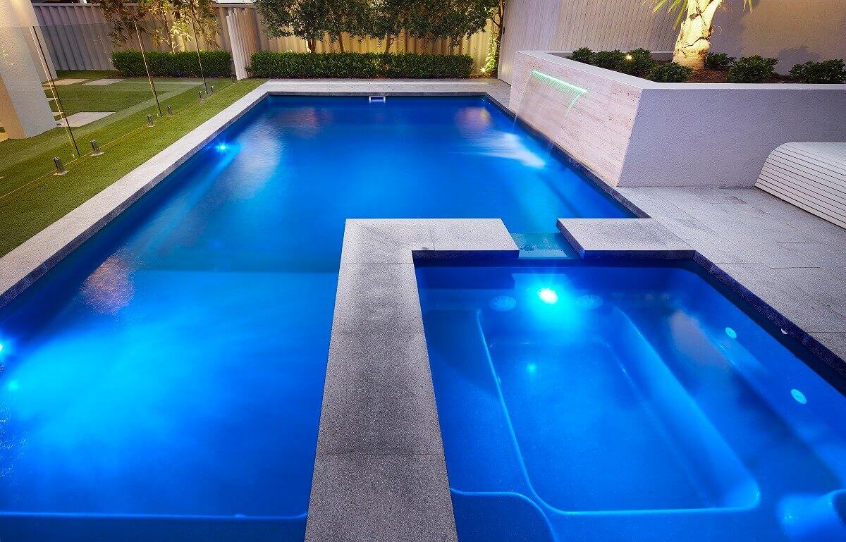Brooklyn Pool & Spa 7.6m x 4.4m 7